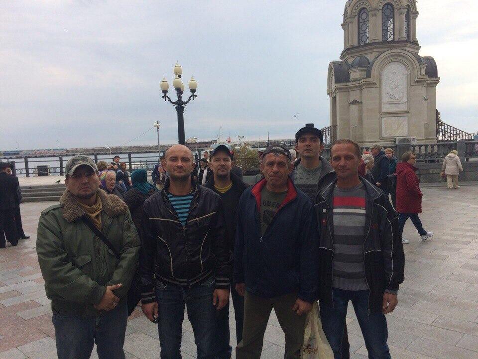 братья нашего центра приняли участие в Крестном ходе